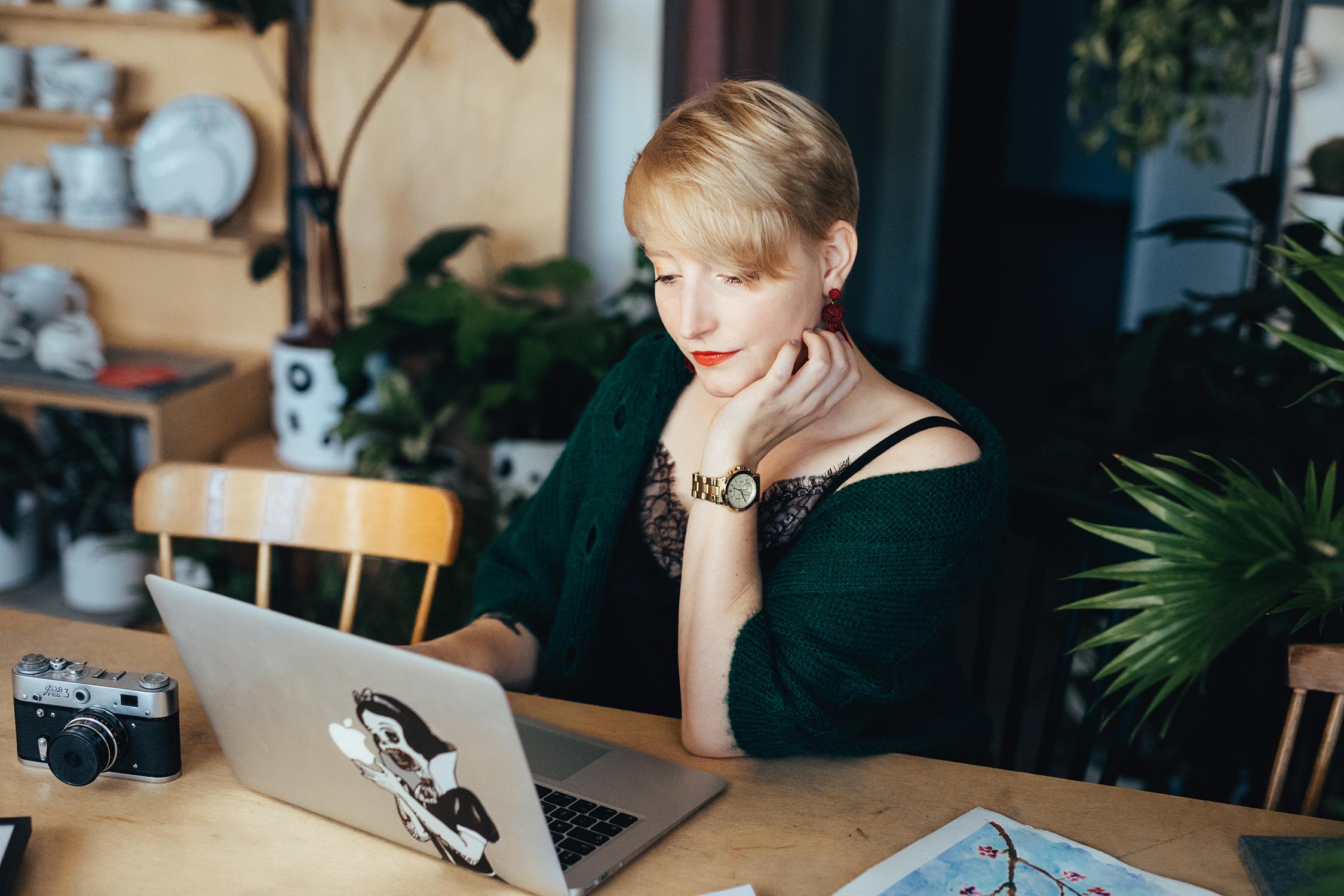 Dlaczego warto zatrudnić Wirtualną Asystentkę?